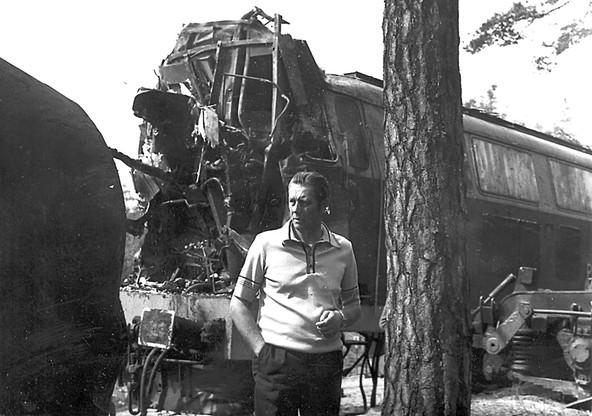 Trudno było rozpoznać, czy zgnieciony fragment pociągu to wagon czy lokomotywa