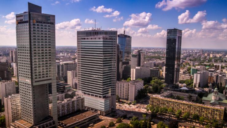 Nowa prognoza MFW dla Polski. Spadek o 3,4 proc., wzrost w 2021 r.
