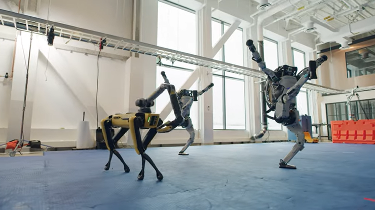 Roboty gotowe na sylwestra. Zobacz ich niesamowity taniec