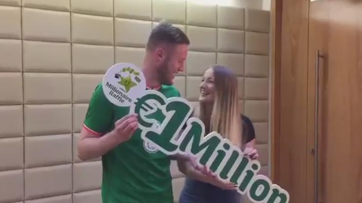 Irlandzki piłkarz wygrał milion euro... na loterii