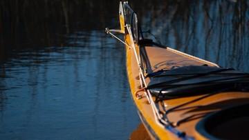 42-latek utonął w Dunajcu. Jego syna uratowały kajakarki