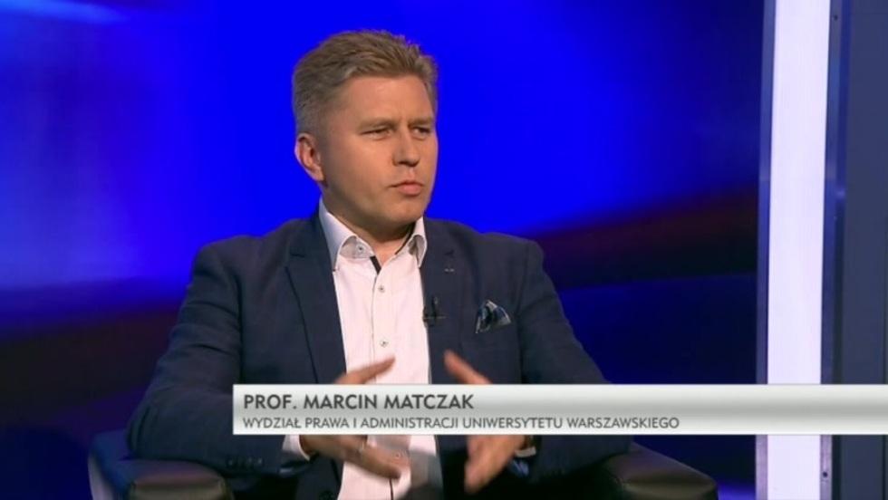 Krzywe zwierciadło - prof. Marcin Matczak